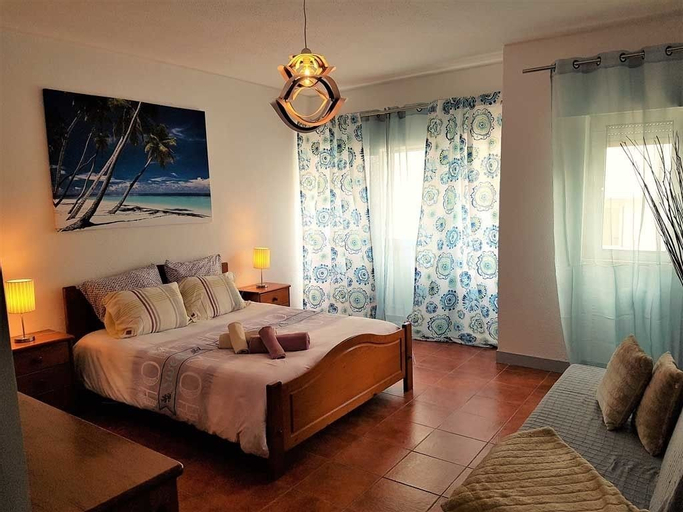 Caparica Central Apartment by Host-Point, Almada
