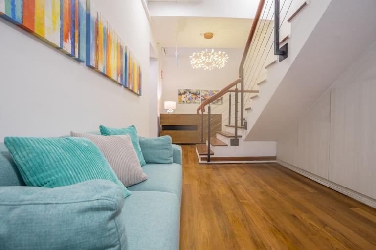 ClubHouse Residences Elly Suites Studio Apartment, Singapura