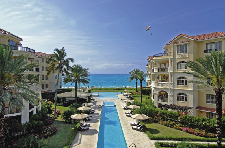 The Somerset on Grace Bay,