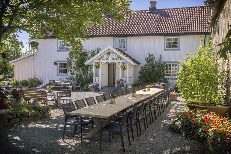 Klostergården Tautra, Frosta