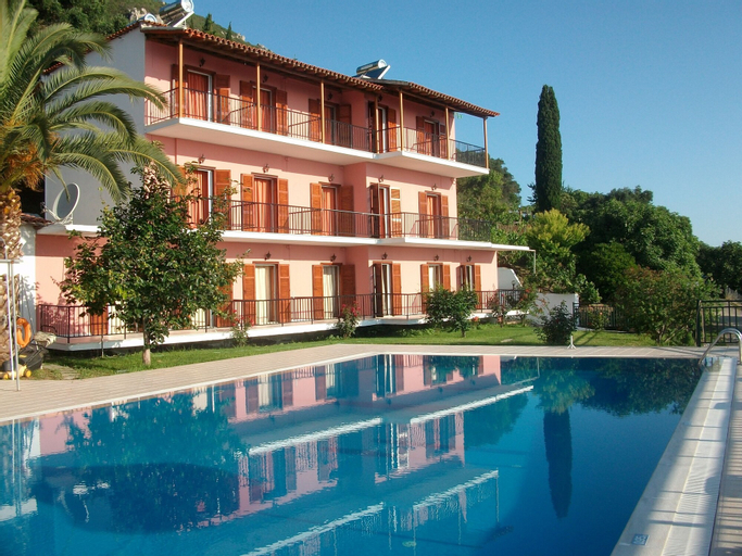 Aronis Apartments, Ionian Islands