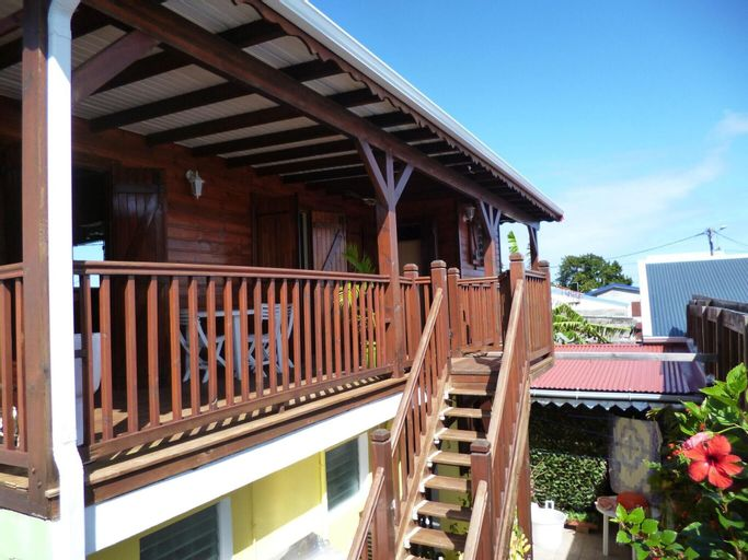 Chalet With one Bedroom in Le Moule, With Furnished Terrace and Wifi -, Le Moule