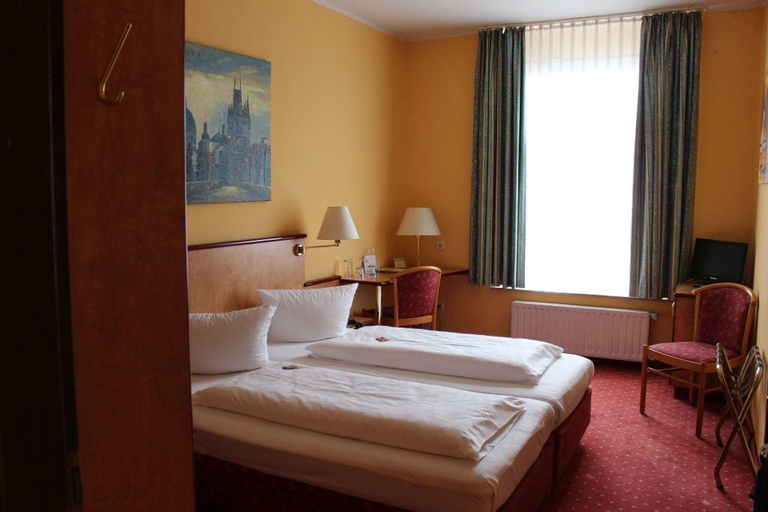 Stargaze Hotel Astor, Wuppertal