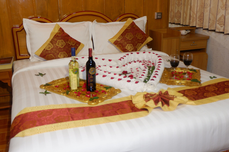 Nan Htike Yadanar Hotel, Monywa