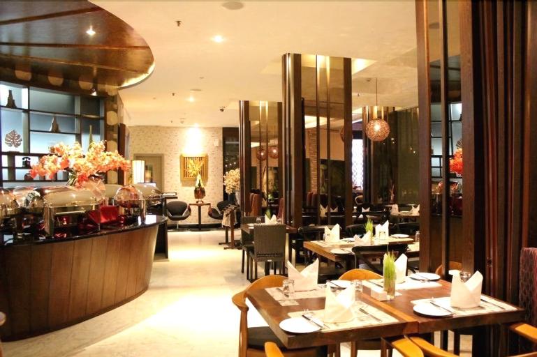 Sotis Hotel Falatehan Blok M, Jakarta Selatan
