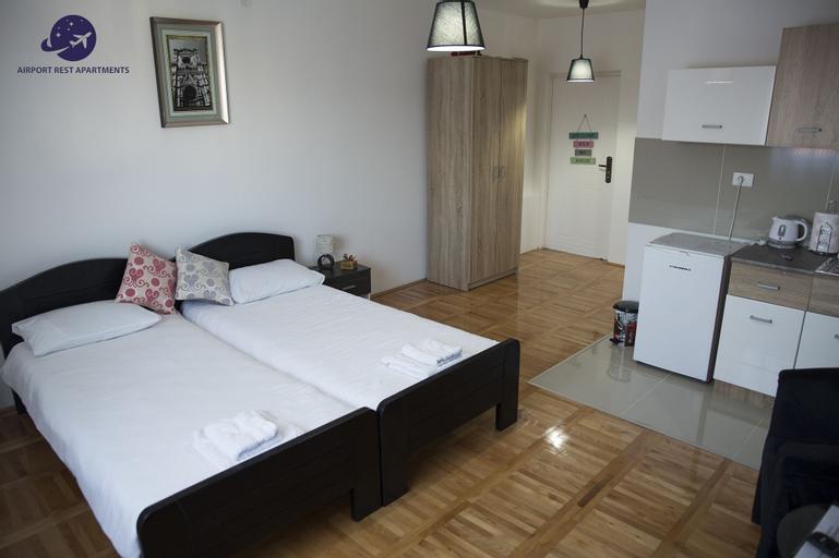 Airport Belgrade Rest Apartments Hotel, Novi Beograd