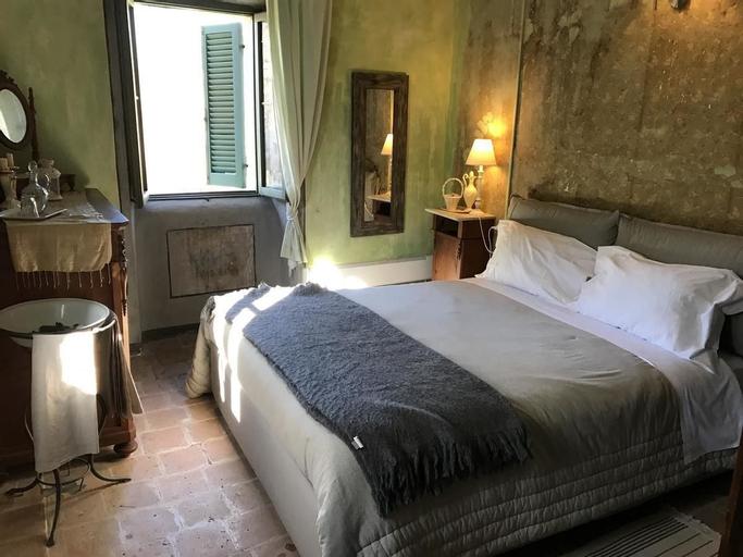 Villa Oracola, Rieti