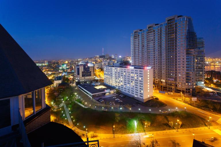 AZIMUT Hotel Vladivostok, Vladivostok gorsovet