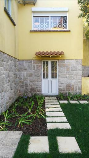 F3 Guest House, Cascais