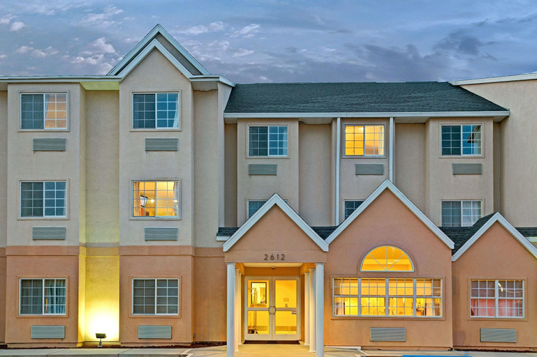 Microtel Inn & Suites by Wyndham Bushnell, Sumter