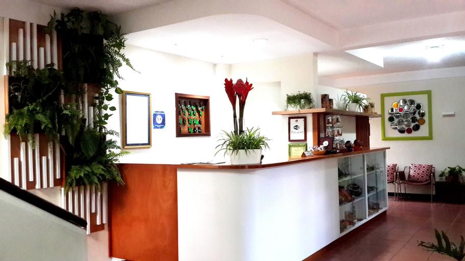 Árbol de Fuego Eco-Hotel, Antiguo Cuscatlán