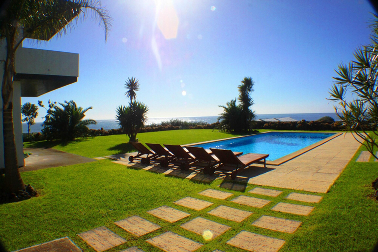 Villa With 5 Bedrooms in Vila Franca do Campo, With Wonderful sea View, Private Pool, Enclosed Garden - 20 m From the Beach, Vila Franca do Campo