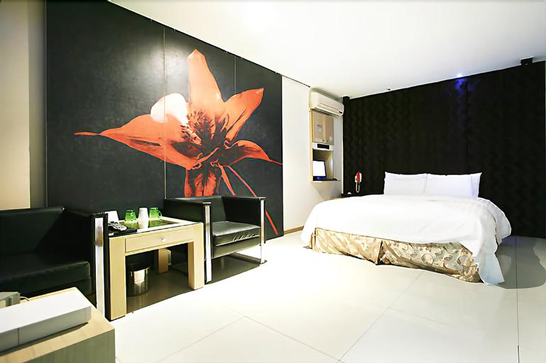 Hit Hotel, Gwang-jin