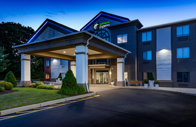 Holiday Inn Express Middletown / Newport, Newport