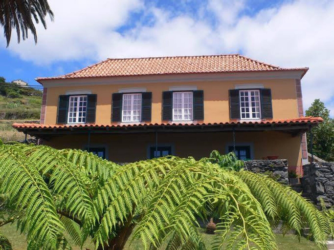 House With 3 Bedrooms in Fajã da Ovelha, With Wonderful sea View, Pool Access, Enclosed Garden, Calheta