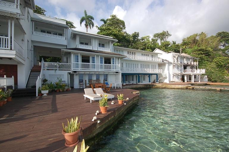 San Cove, Blue Lagoon, Port Antonio 4BR,