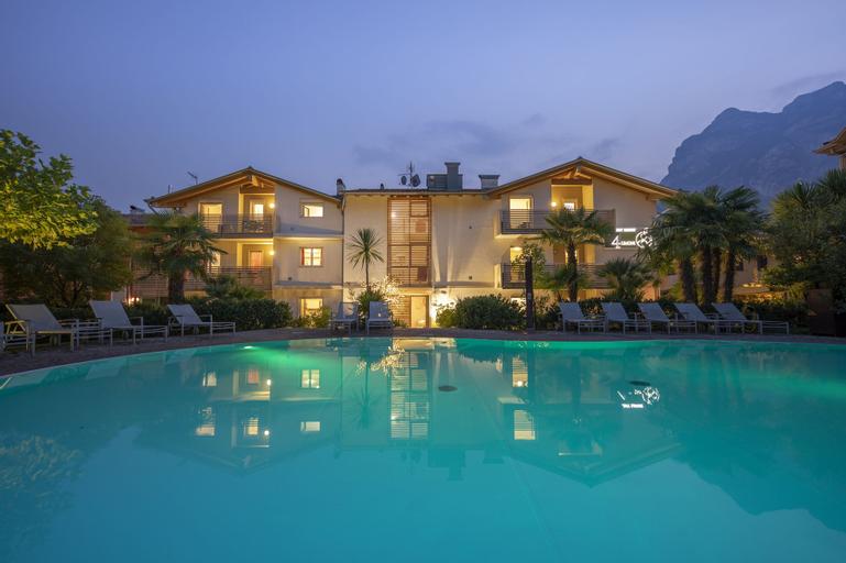 4 Limoni Apartment Resort, Trento