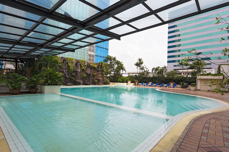 RedDoorz Plus @ S Parman, West Jakarta