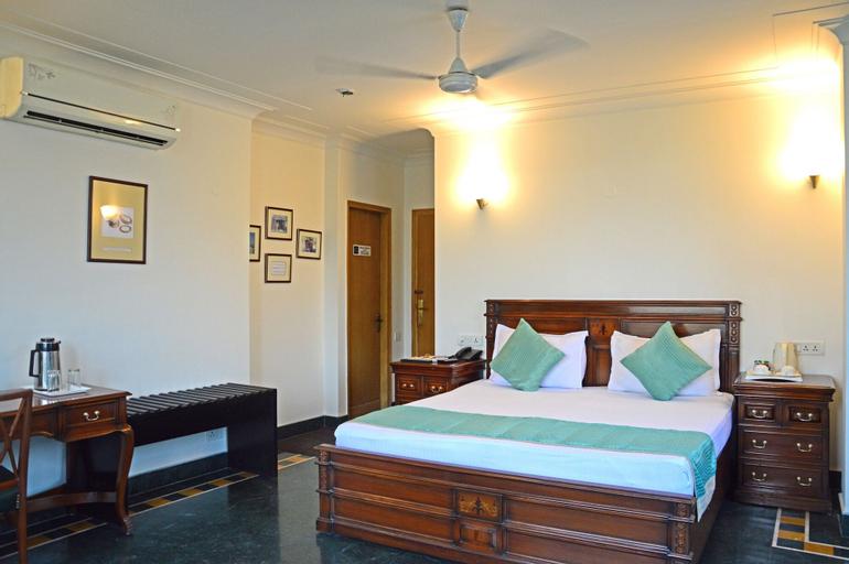 Ajanta Hotel, West