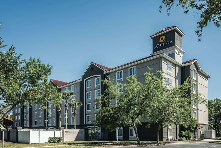 La Quinta Inn & Suites by Wyndham Orlando Lake Mary, Seminole