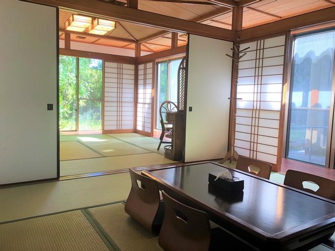private hotel WALKERS NAKIJIN, Nakijin