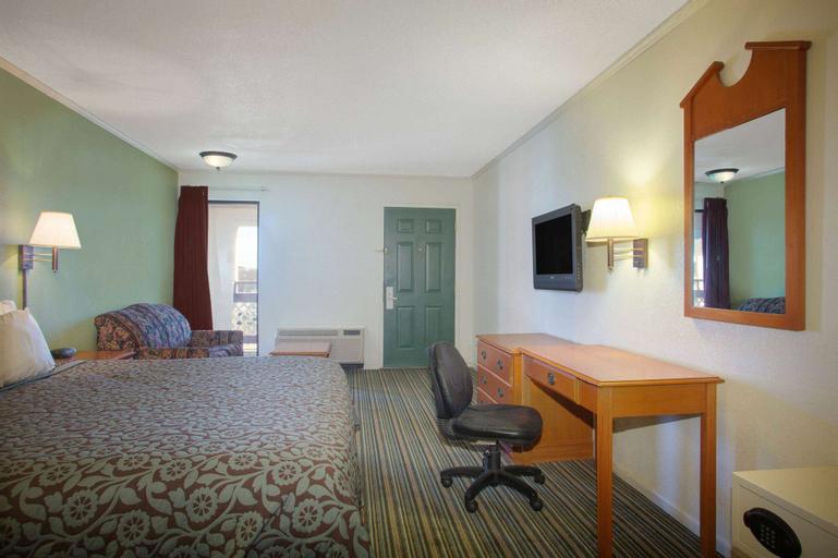 Days Inn by Wyndham Wichita West Near Airport, Sedgwick