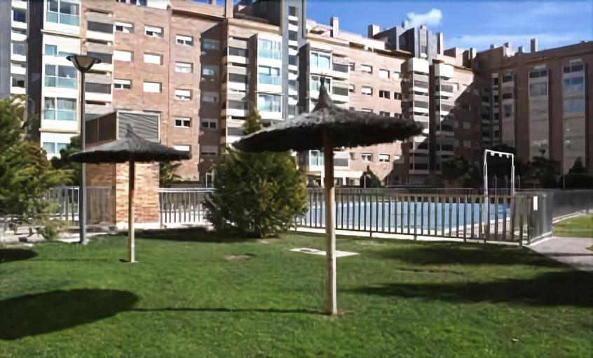 Roomspace Las Tablas Grañón Apartments, Madrid