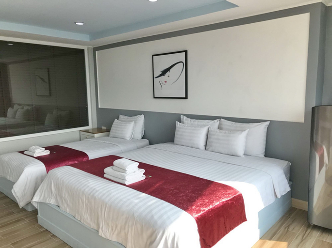 The Beach Front Resort, Pattaya