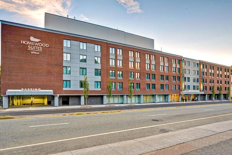 Homewood Suites by Hilton Boston Brookline-Longwood Medical, Norfolk