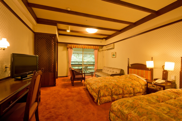Kusatsu Onsen Hotel Village, Kusatsu
