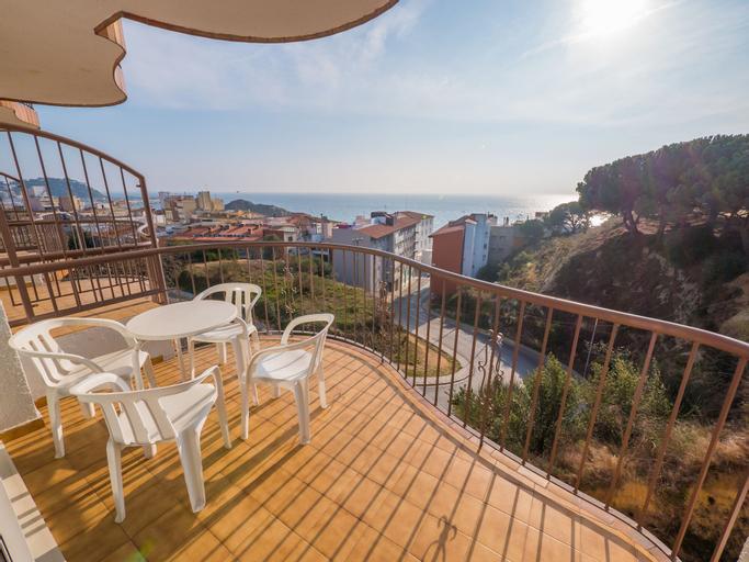 Apartaments AR Muntanya Mar, Girona