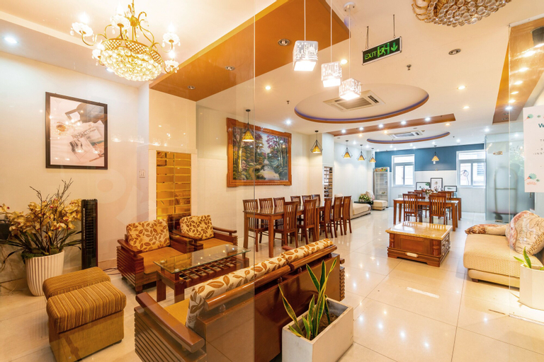 Hoa Binh Hotel, Thanh Khê