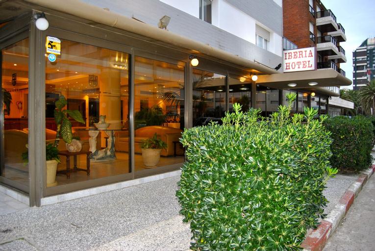 Iberia Hotel, n.a351