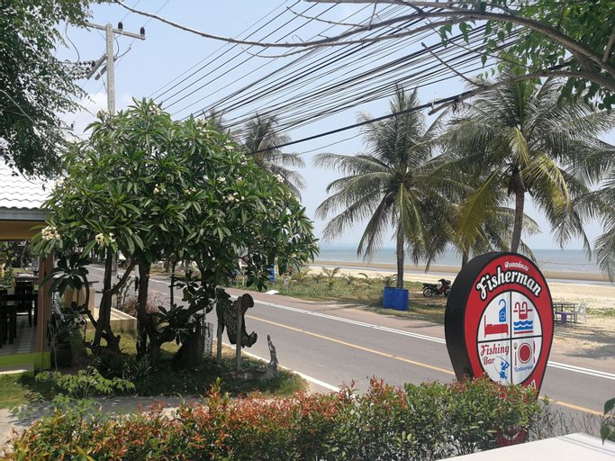 Fisherman Resort, K. Sam Roi Yot