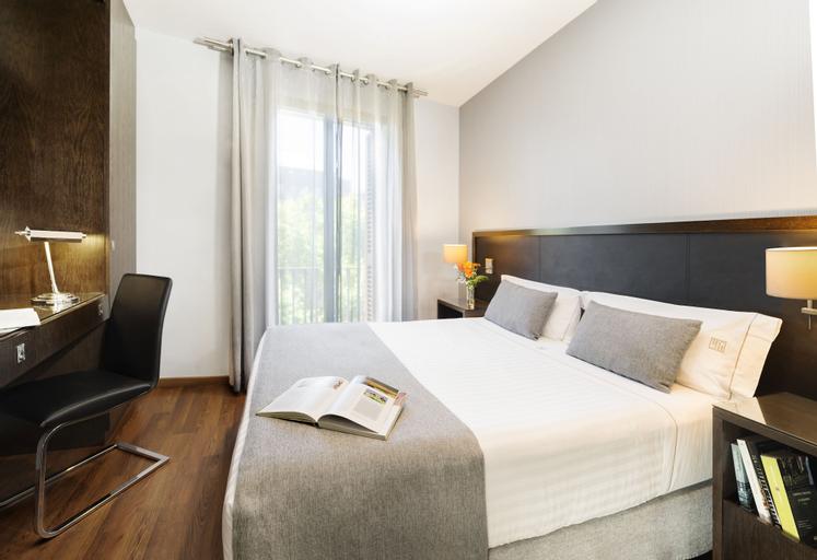 Suites Center Barcelona Apartments, Barcelona
