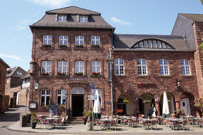 Hotel & Restaurant Ratskeller Nideggen, Düren