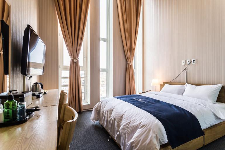 Hotel Air Relax, Jung