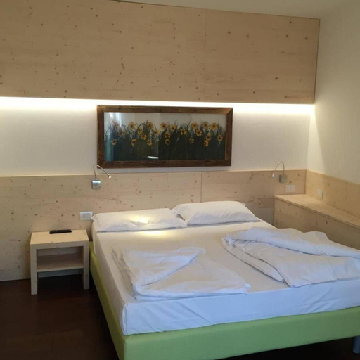 Komodo Short Stay Apartments, Trento