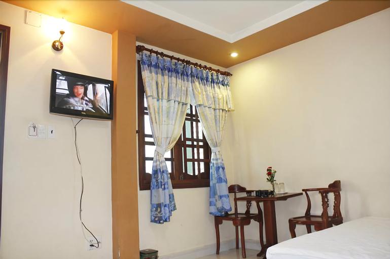 Thu Tuyen Hotel, Quận 10