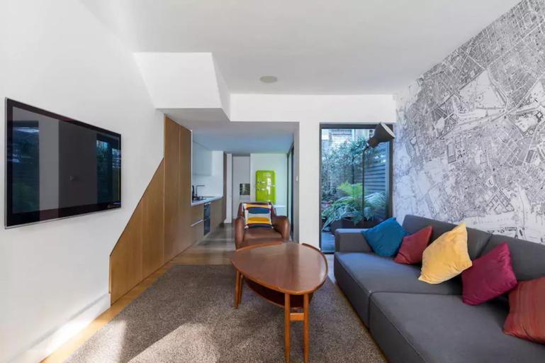Lovely 3-bedroom architect's house, London