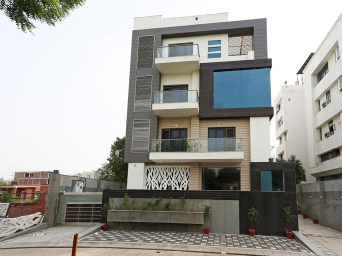 OYO 5470 Atithi Residence, Gautam Buddha Nagar