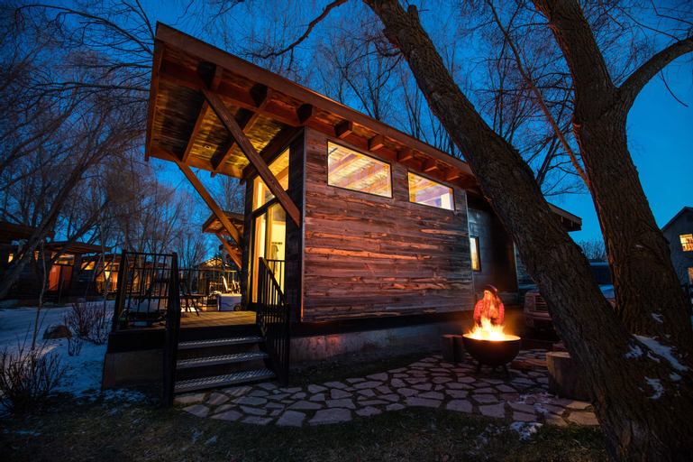 Fireside Resort, Teton