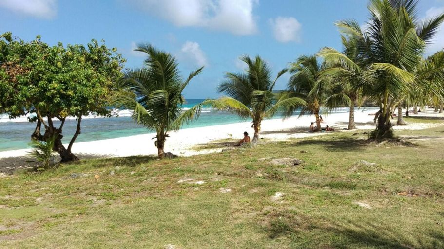 Villa With 2 Bedrooms in Anse-bertrand, With Furnished Garden and Wifi, Anse-Bertrand