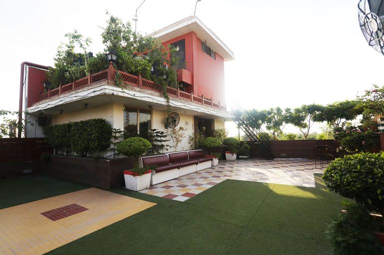 Palette - Hotel Malrose Inn Suite, Aligarh