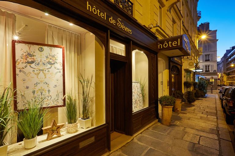 Hotel de Sevres, Paris