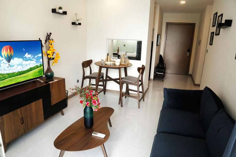 High-floor River-view Apartment, Bình Thạnh