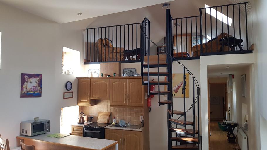 3 Bedroom Loft Apartment,