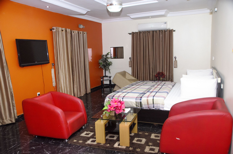 Prescott Hotels, Oshimili South