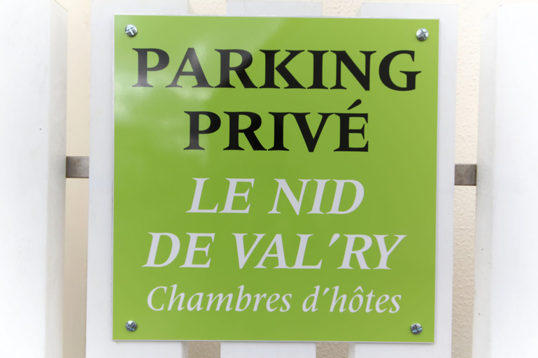 Le Nid de Val'ry, Somme