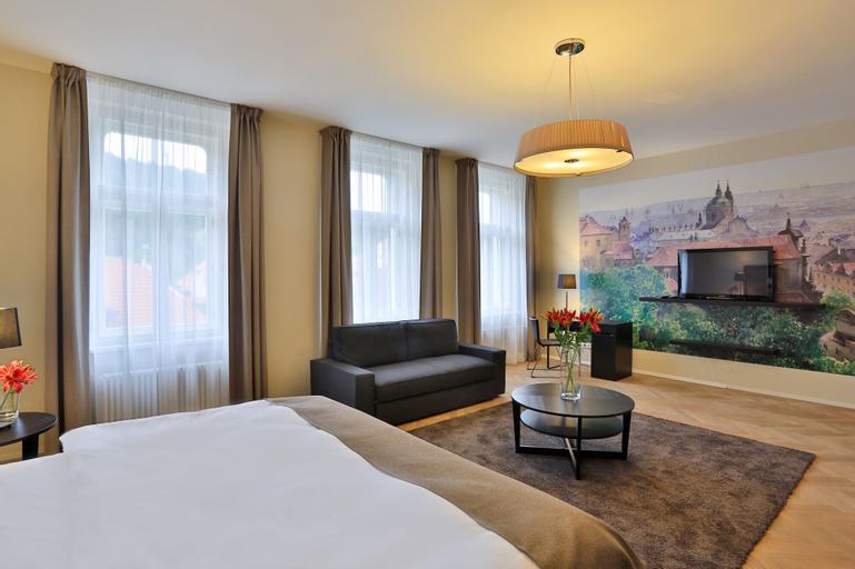 James Hotel & Apartments, Praha 1